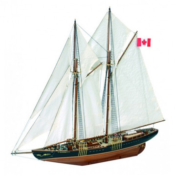 Canadian Fishing & Regattas Schooner Bluenose II 1:75