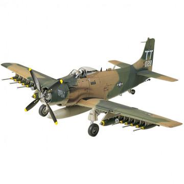 Douglas A-1J Skyraider U.S. Air Force 1:48