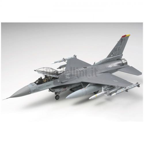 Lockheed Martin F-16CJ Block 50 Fighting Falcon 1:48