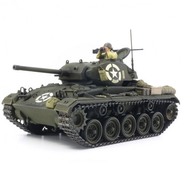 Carro Armato U.S. Light Tank M24 Chaffee 1:35